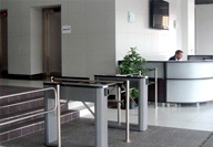 TTD-03.1 Box Tripod Turnstile and BH02 waist-high railing systems